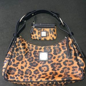 Like new!!! Dooney & Bourke bag and small wallet